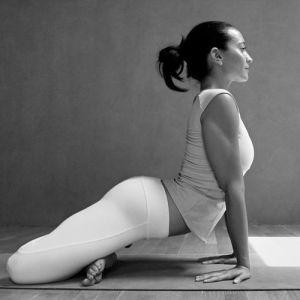 15 powerful yoga tw 4516