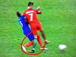 ronaldo knee tw 11716